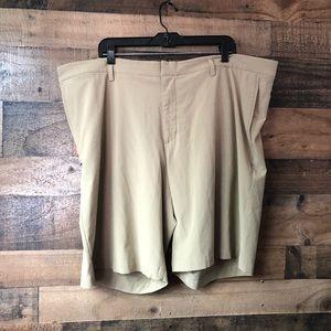 Men's Nike DriFit Khaki Golf Standard Fit Shorts